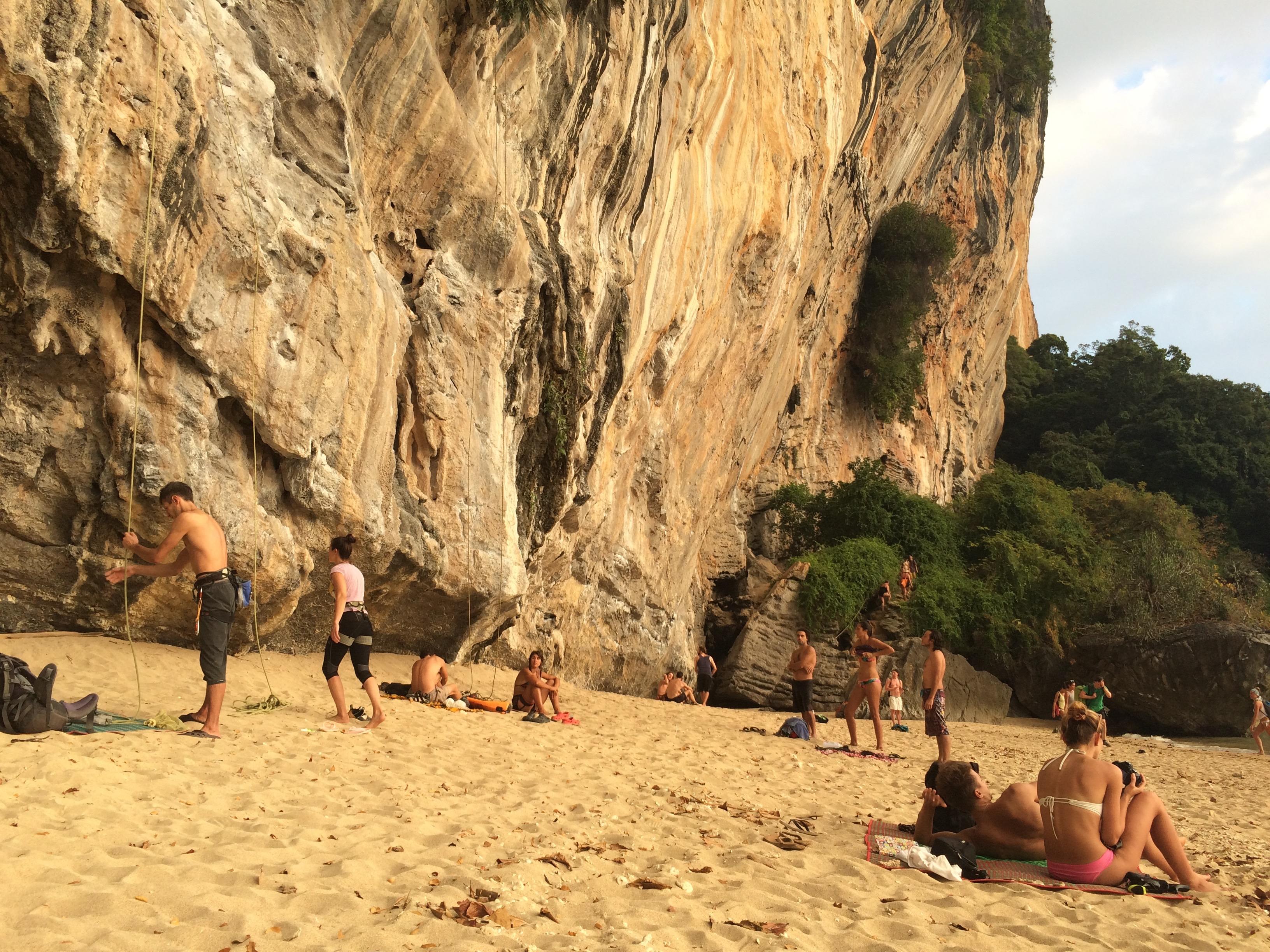 Tonsai: paraíso para escalada. (Foto: Nathalia Tavolieri / Viagem em Detalhes)