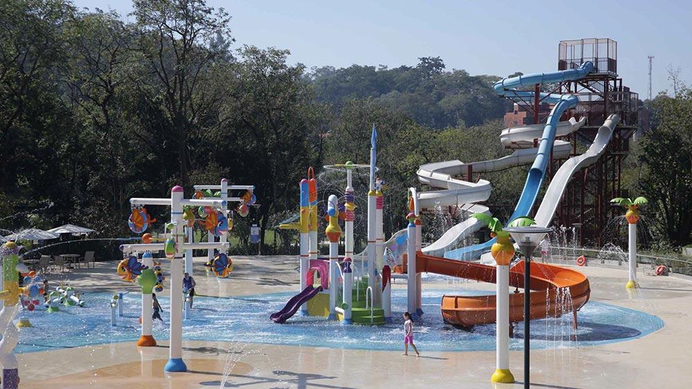 Novo parque aquático infantil do Grande Hotel São Pedro.