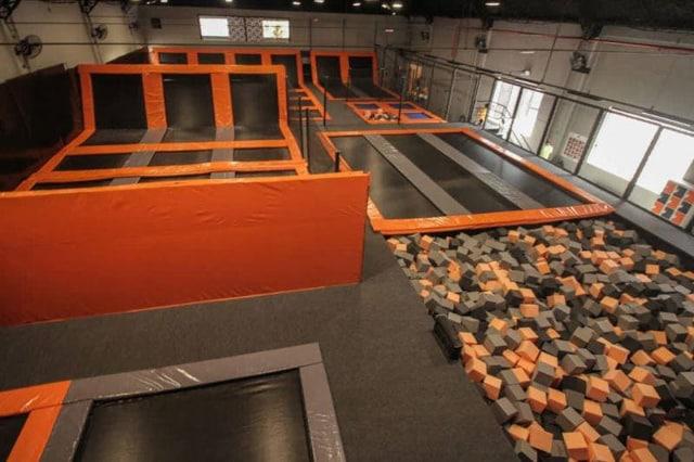 Altitude park - parques de trampolim