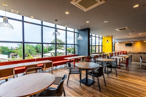 Restaurante Ibis Palmas