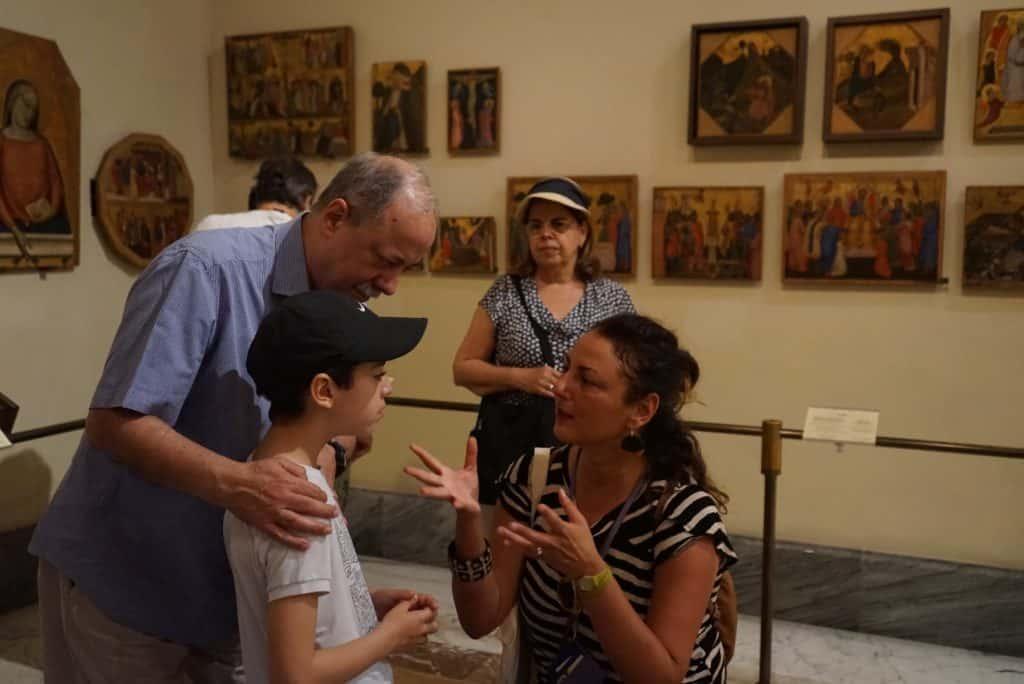 Museu do Vaticano com crianças
