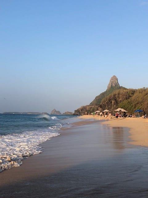 Praias de Fernando de Noronha Cacimba