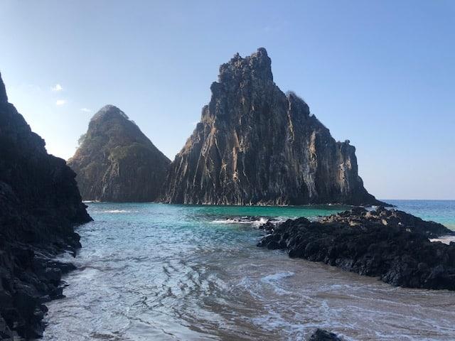 Praias de Fernando de Noronha baía dos porcos 2