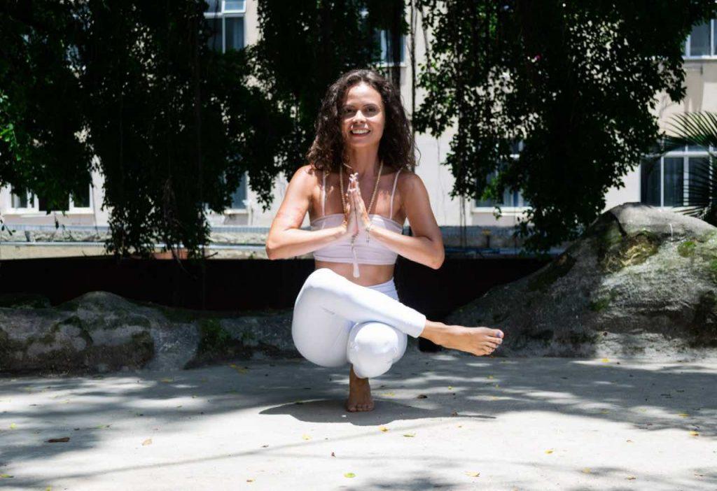 Yoga brincadeira para crianças